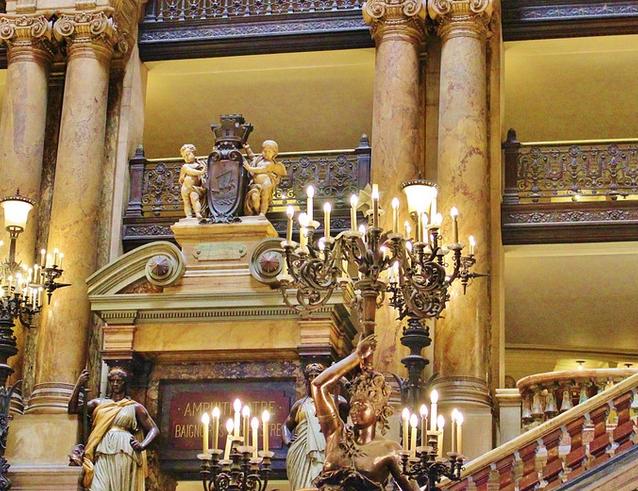 オペラ劇場の画像
